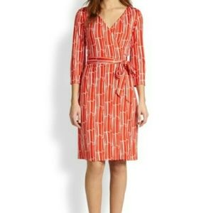 DVF New Julian Two in Red Bamboo Large